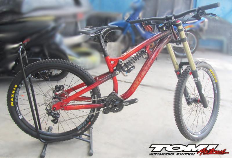 Tomi Airbrush Piawai Tangani Modifikasi dan Reparasi Sepeda