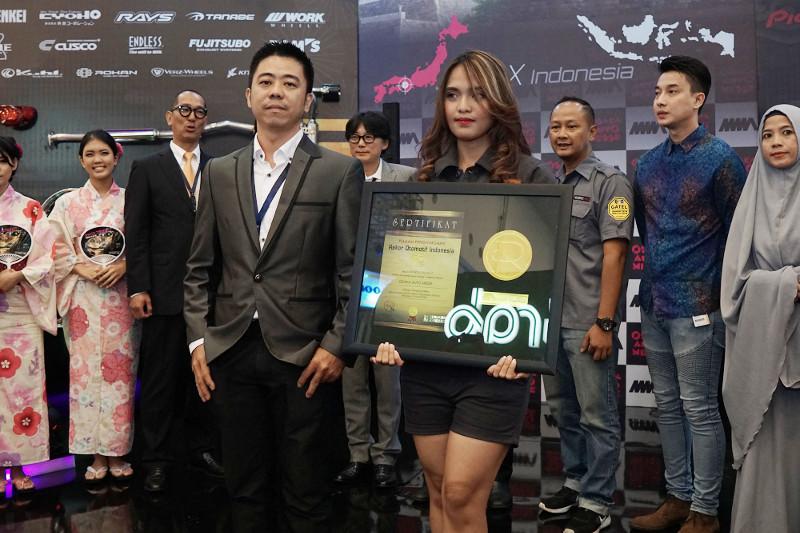 Eksistensi Rekor Otomotif Indonesia (ROI) di GIIAS 2017