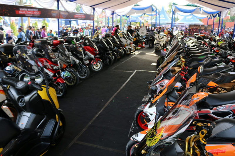 CustoMAXI Jadi Ajang Silaturahmi Komunitas Yamaha