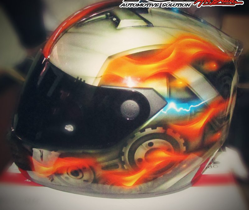 Modifikasi Helm Airbrush Tema Transformers