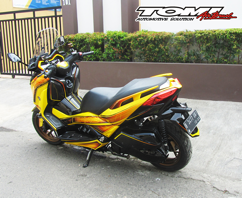 Modifikasi Sporty Yamaha XMax