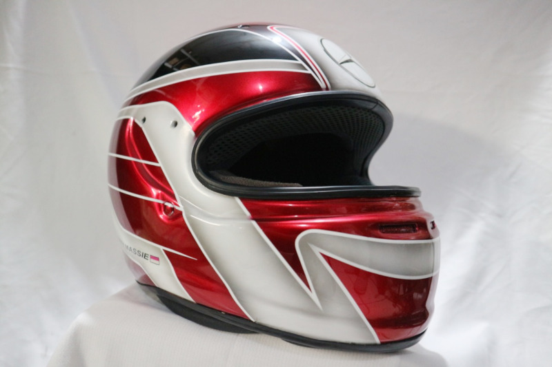 Modifikasi Helm Airbrush Merah Candy