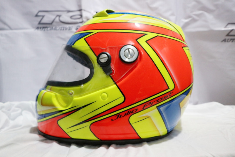 Modifikasi Helm Airbrush Bergrafis Racing