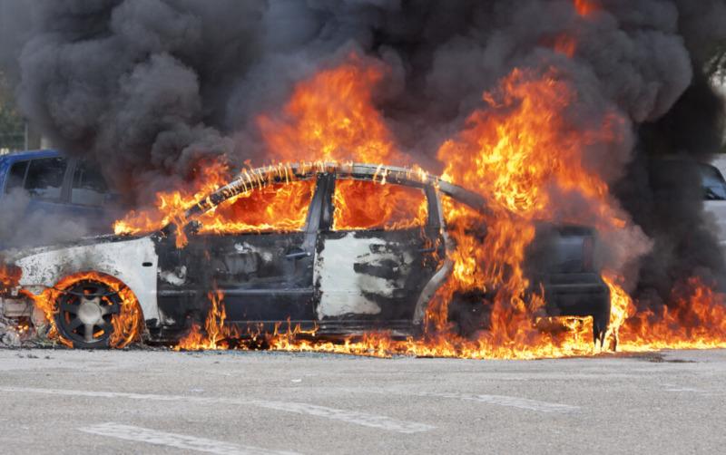 Tips Cegah Mobil Terbakar
