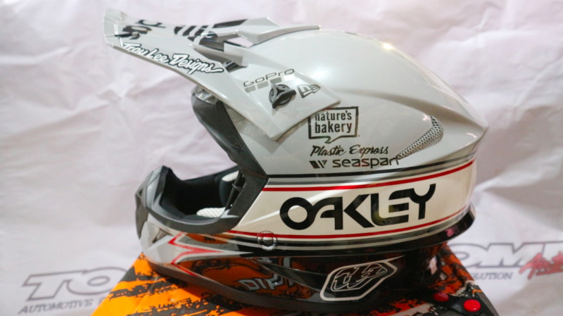 Modifikasi Helm Motocross Special Order